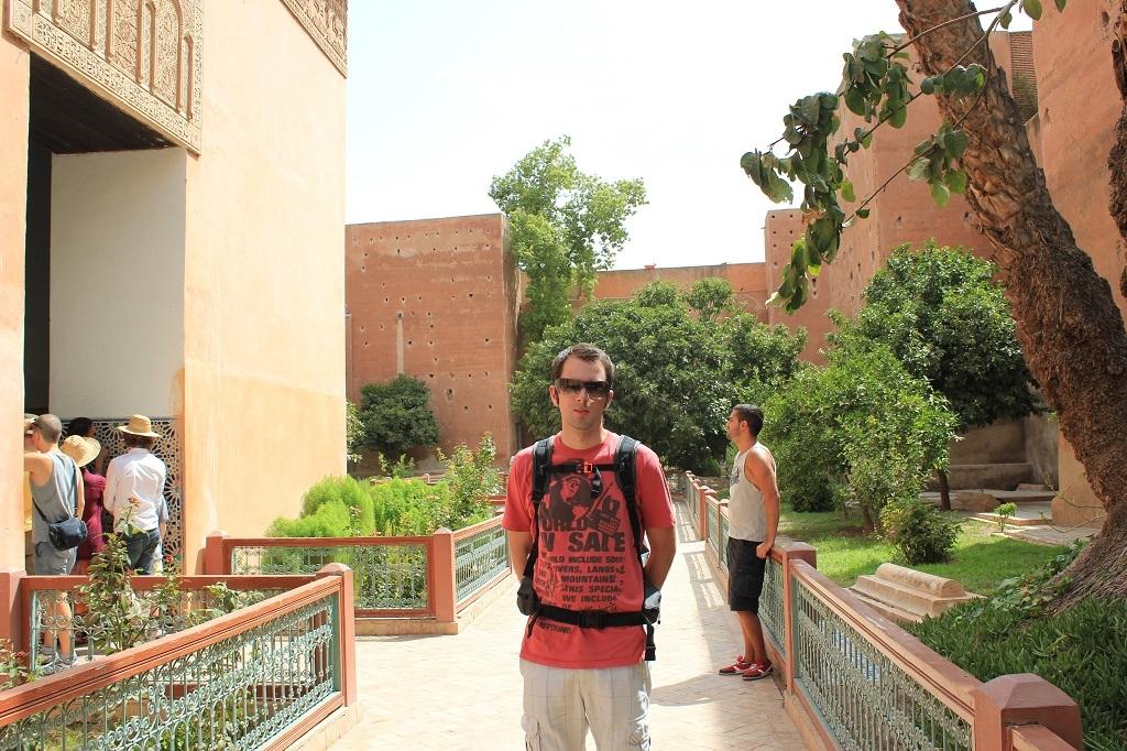 paseando por los jardines de las tumbas saadies