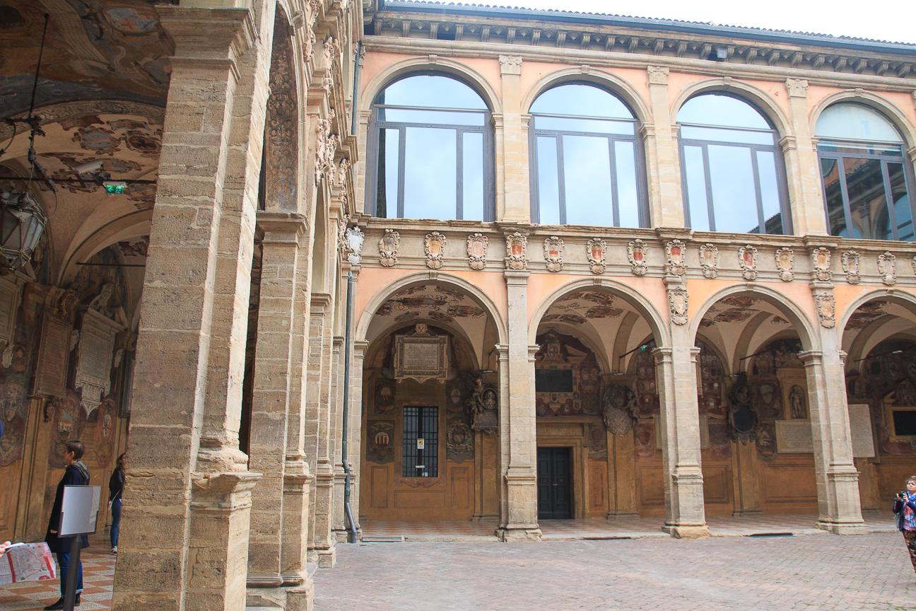 Patio Universidad de Bolonia