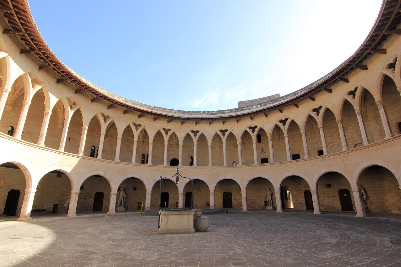 Planta circular del castillo de Bellver