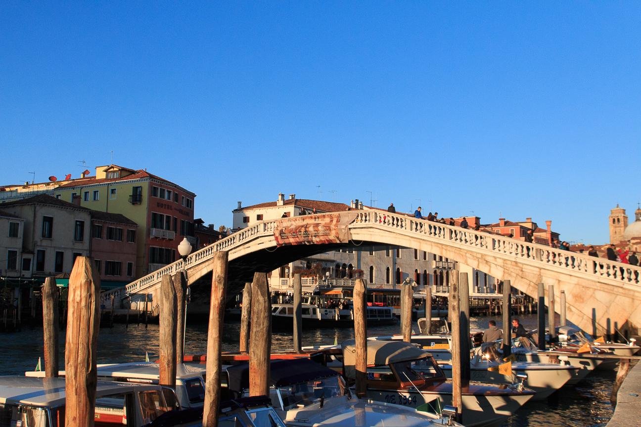 Puente sobre el Gran Canal