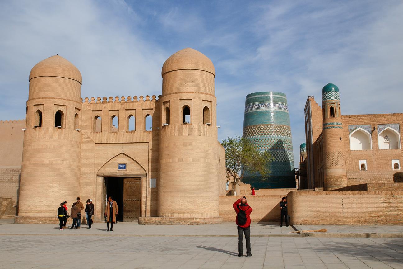 Puerta Oeste del Ichon Qala de Khiva