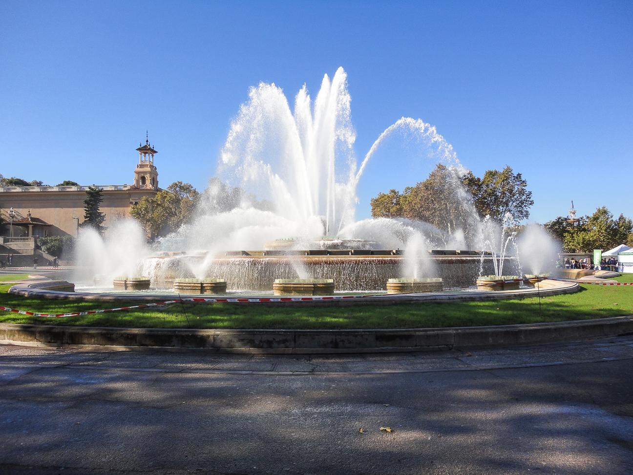 Que hacer en Barcelona - Fuente de Montjuic