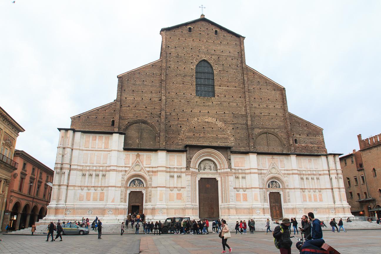 Que ver en Bolonia Basilica de San Petronio
