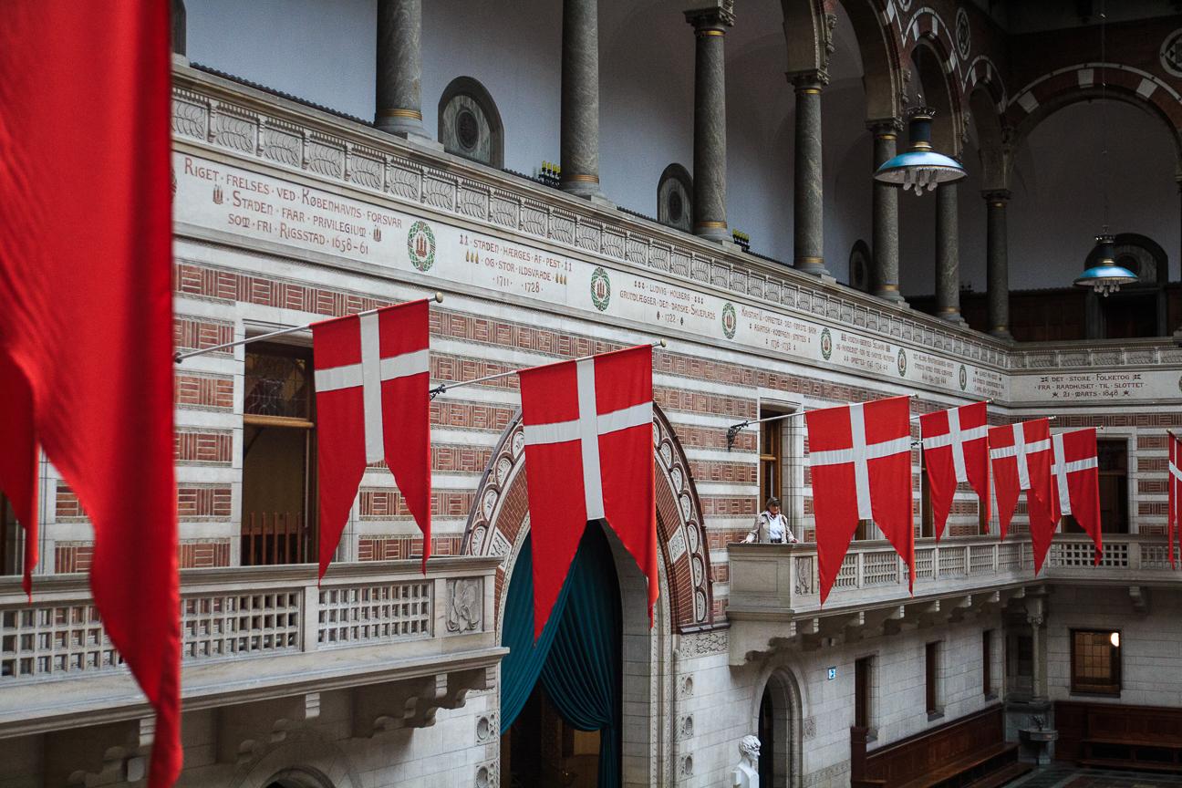 Que ver en Copenhague interior del Radhuspladsen