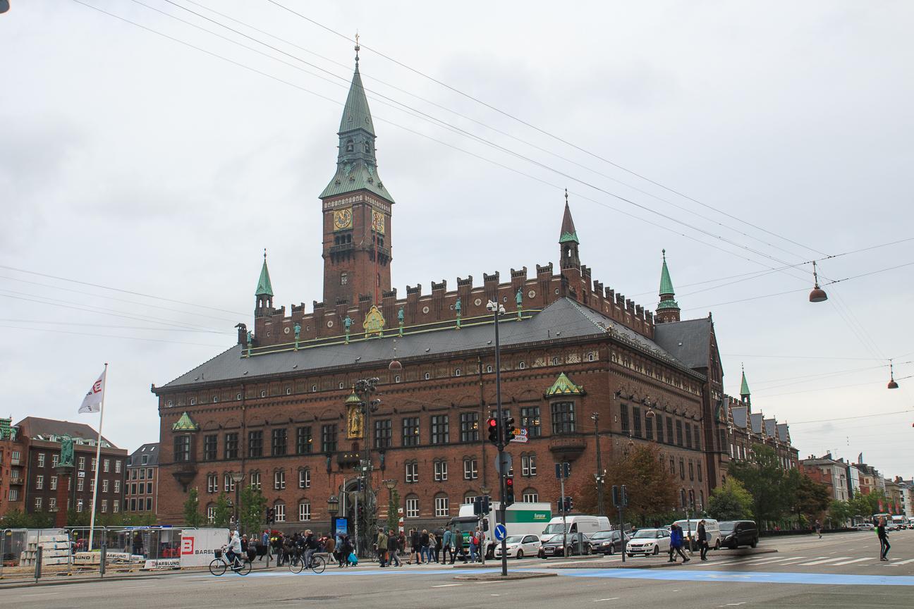 Que ver en Copenhague Radhusplaudsen ayuntamiento