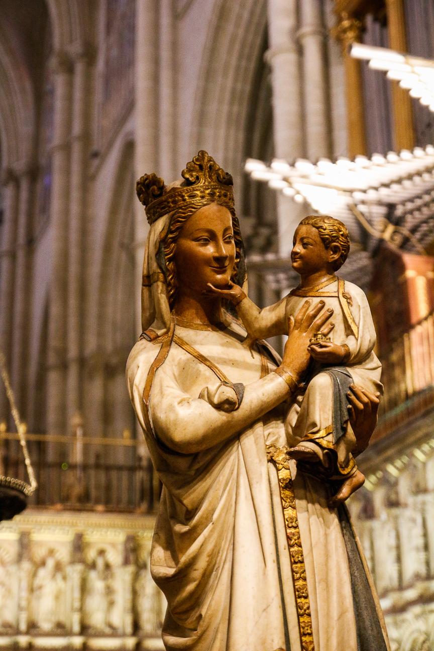 Que ver en Toledo - Virgen maternal en la Catedral
