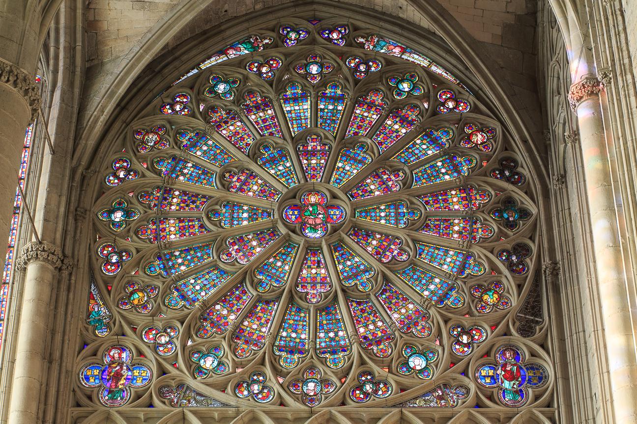 Roseton de la basilica de Saint Nazaire en Carcassonne