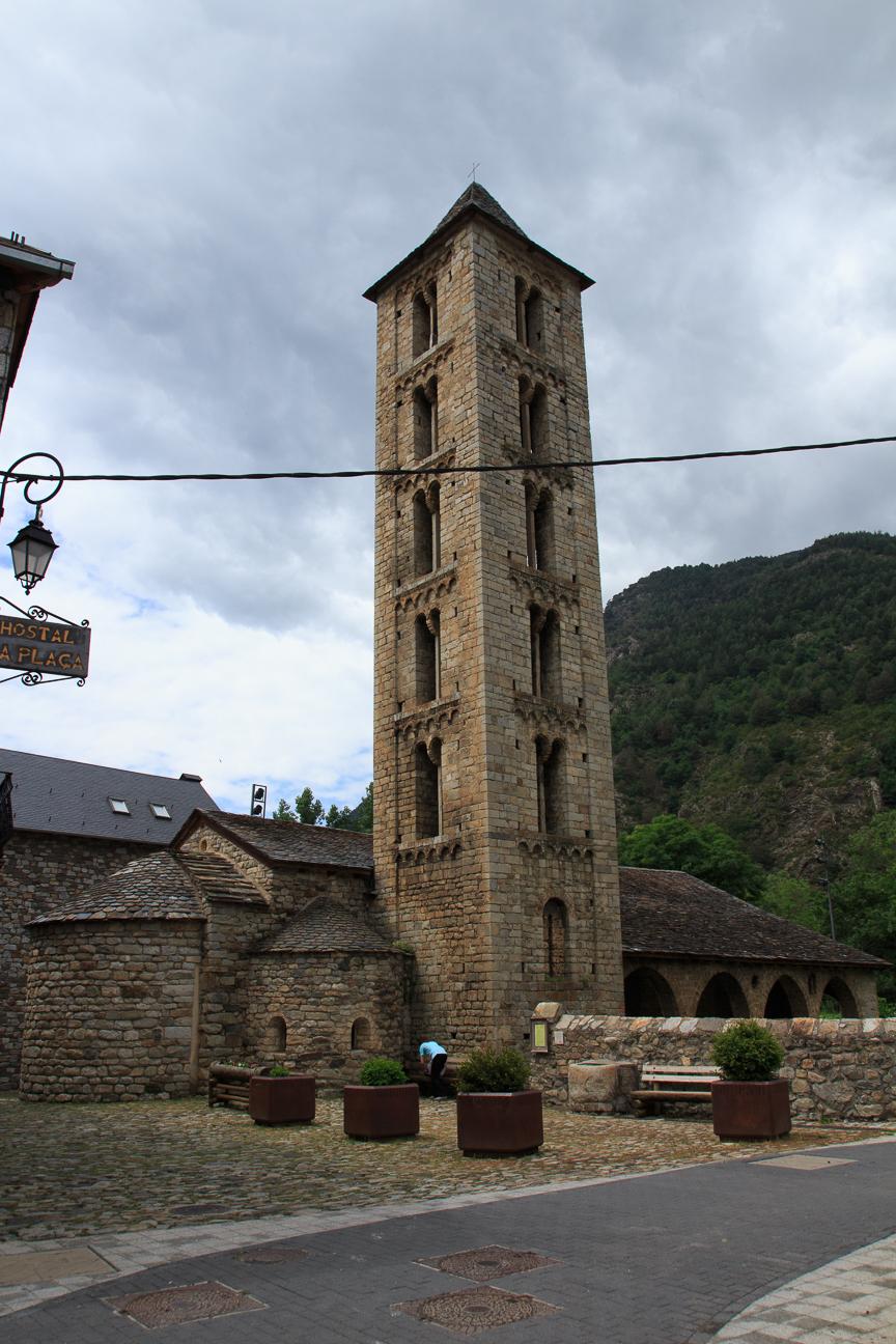 Iglesia romanica de Santa Eulalia d Erill la Vall