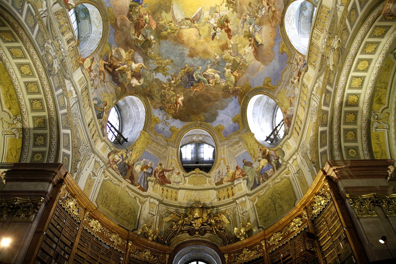 Techos de la Biblioteca Nacional Austriaca