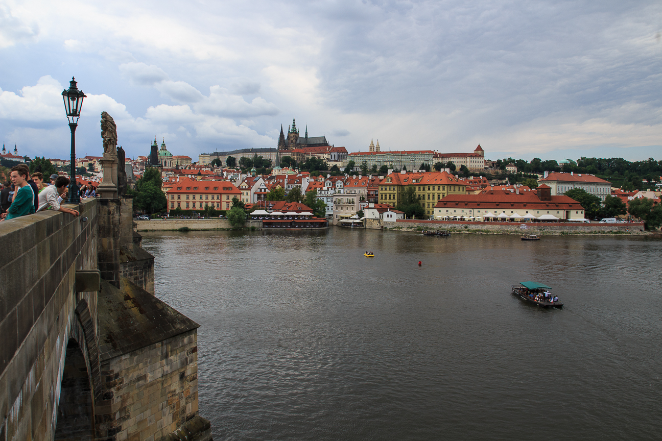 Tienes que ver en Praga el puente de Carlos