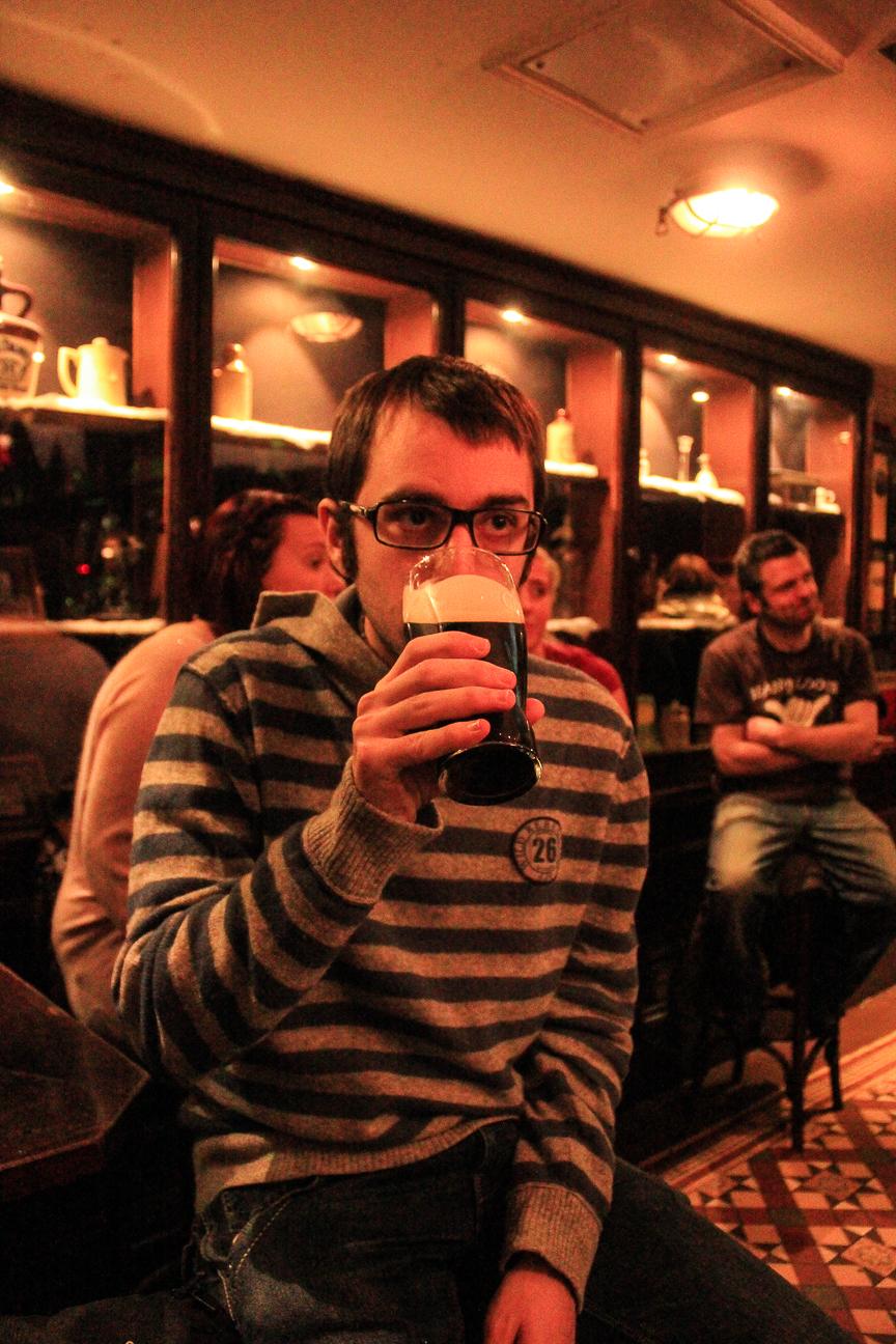 Tomando una Guiness en Temple bar