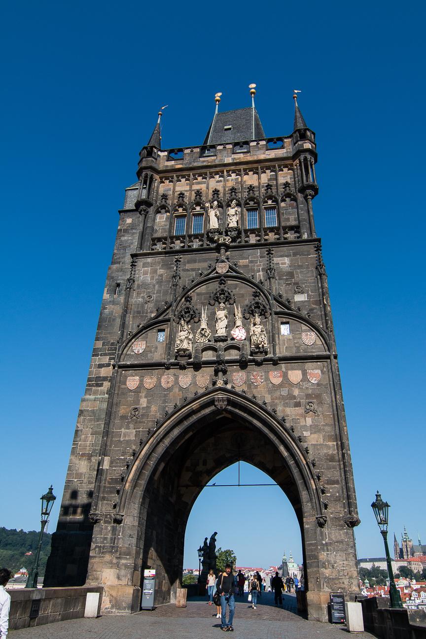 Torre de la ciudad vieja en el puente de Carlos de Praga