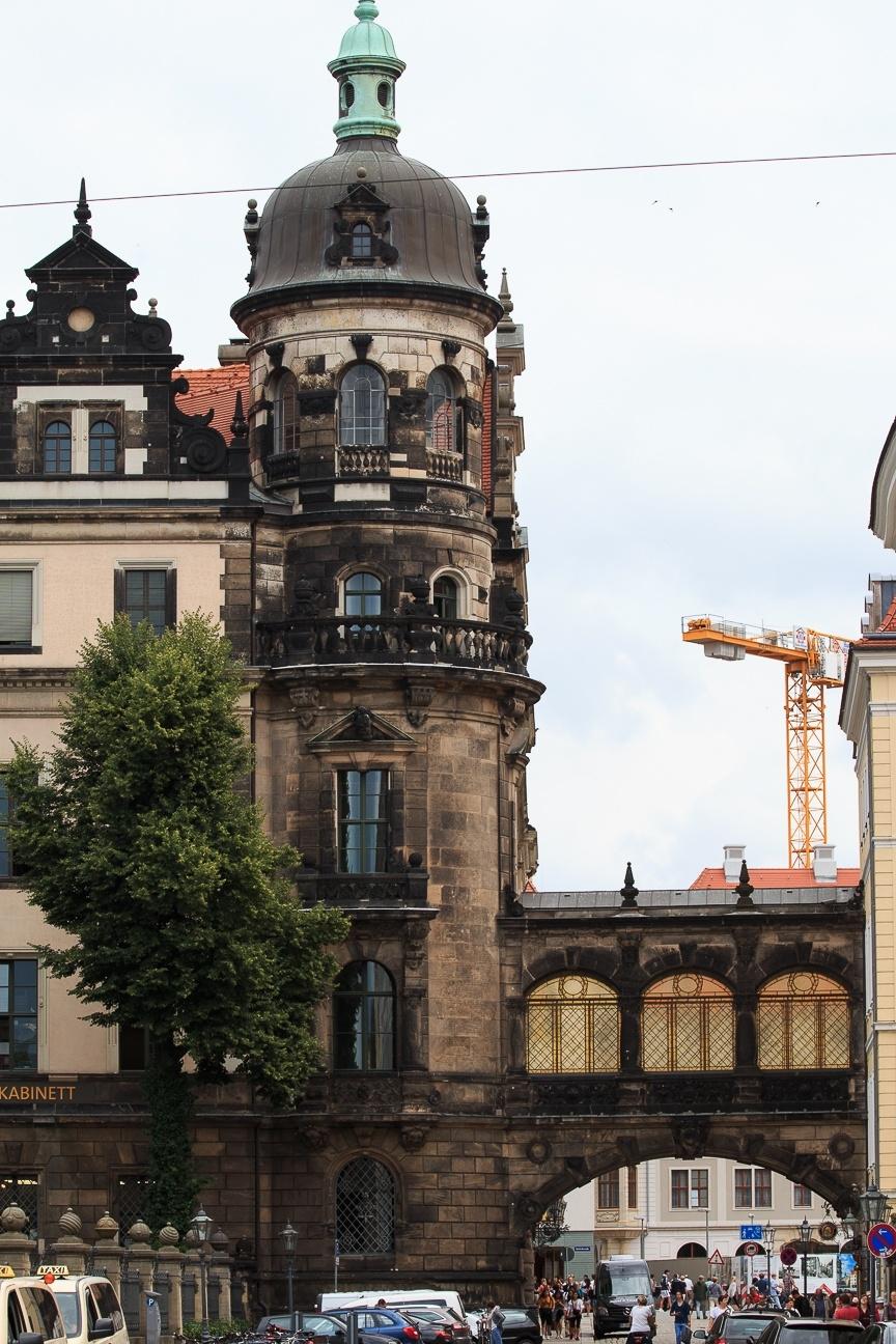 Torre de la Residenzschloss de Dresde Alemania