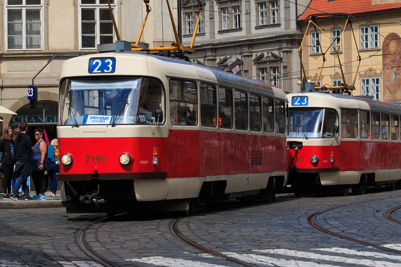 viajar a Praga transporte