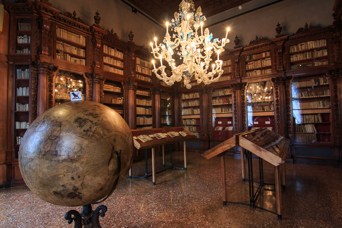 Viajar a Venecia Museo Correr