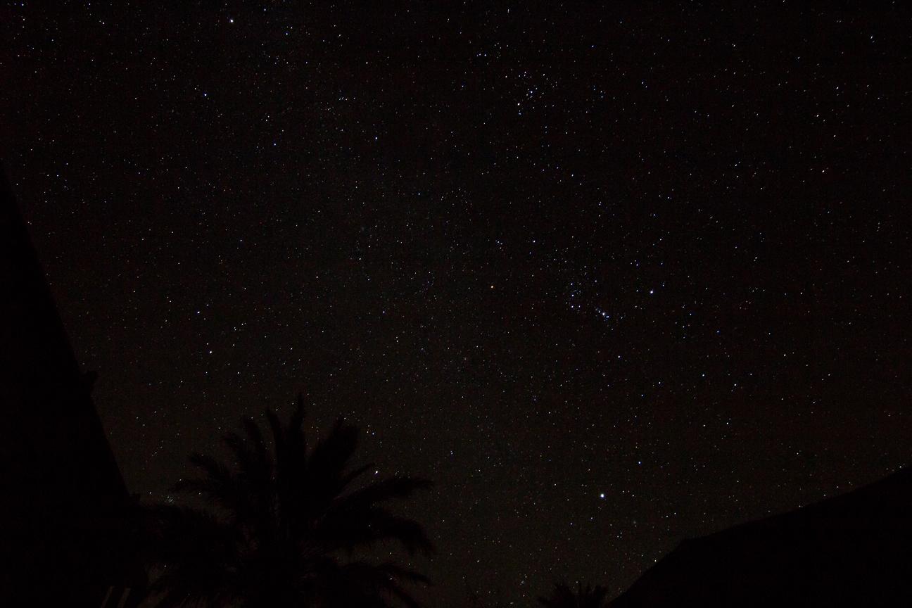 Vistas desde el patio al cielo estrellado