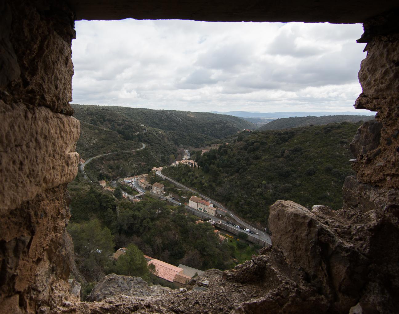 Vistas desde Lastours hacia el pueblo actual